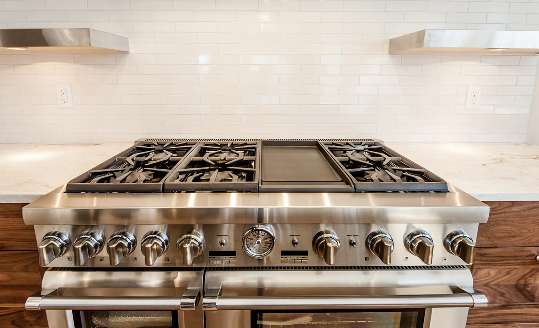The Bungalow House Stainless Steel Gas Range
