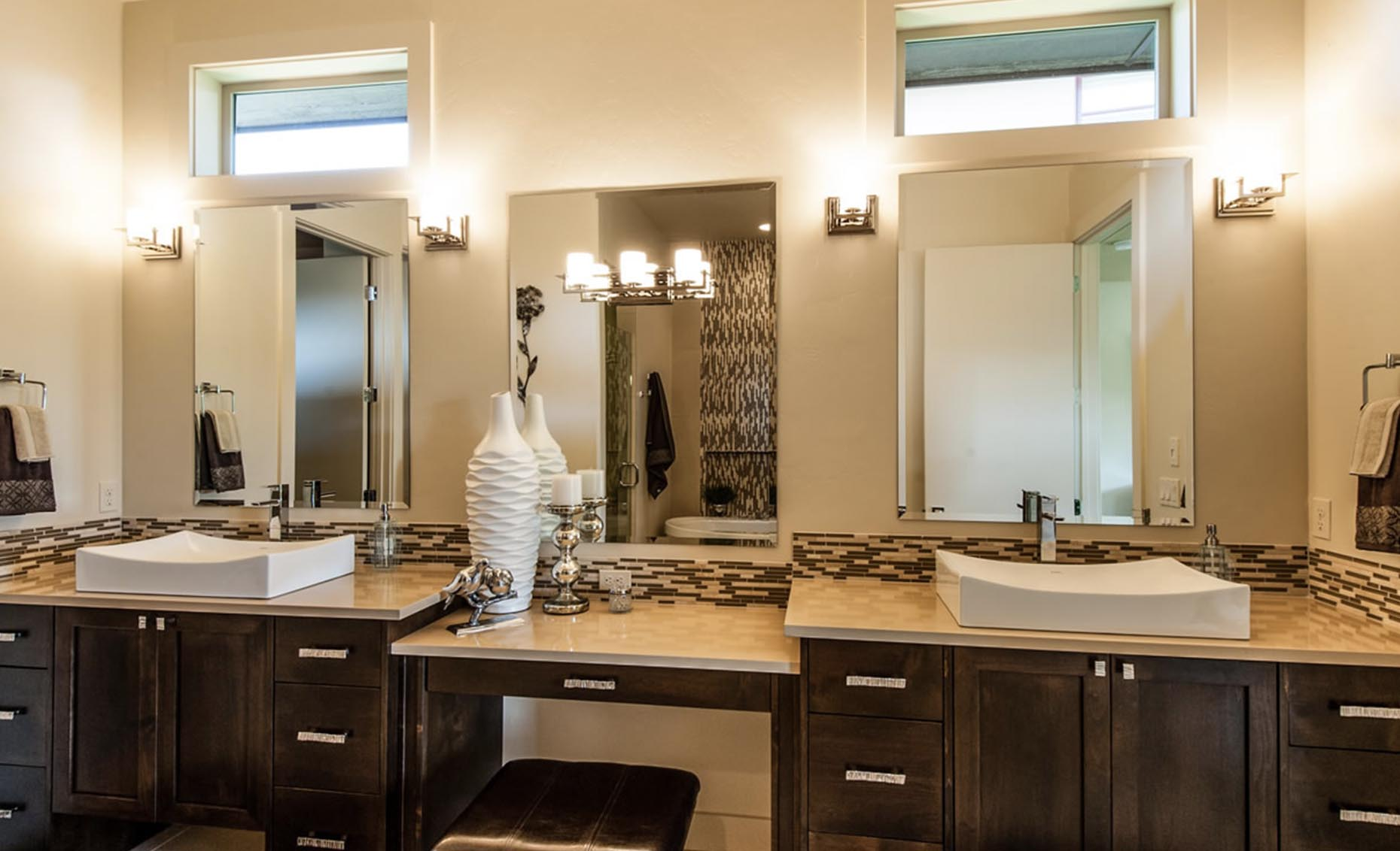 The Contemporary House Master Bathroom