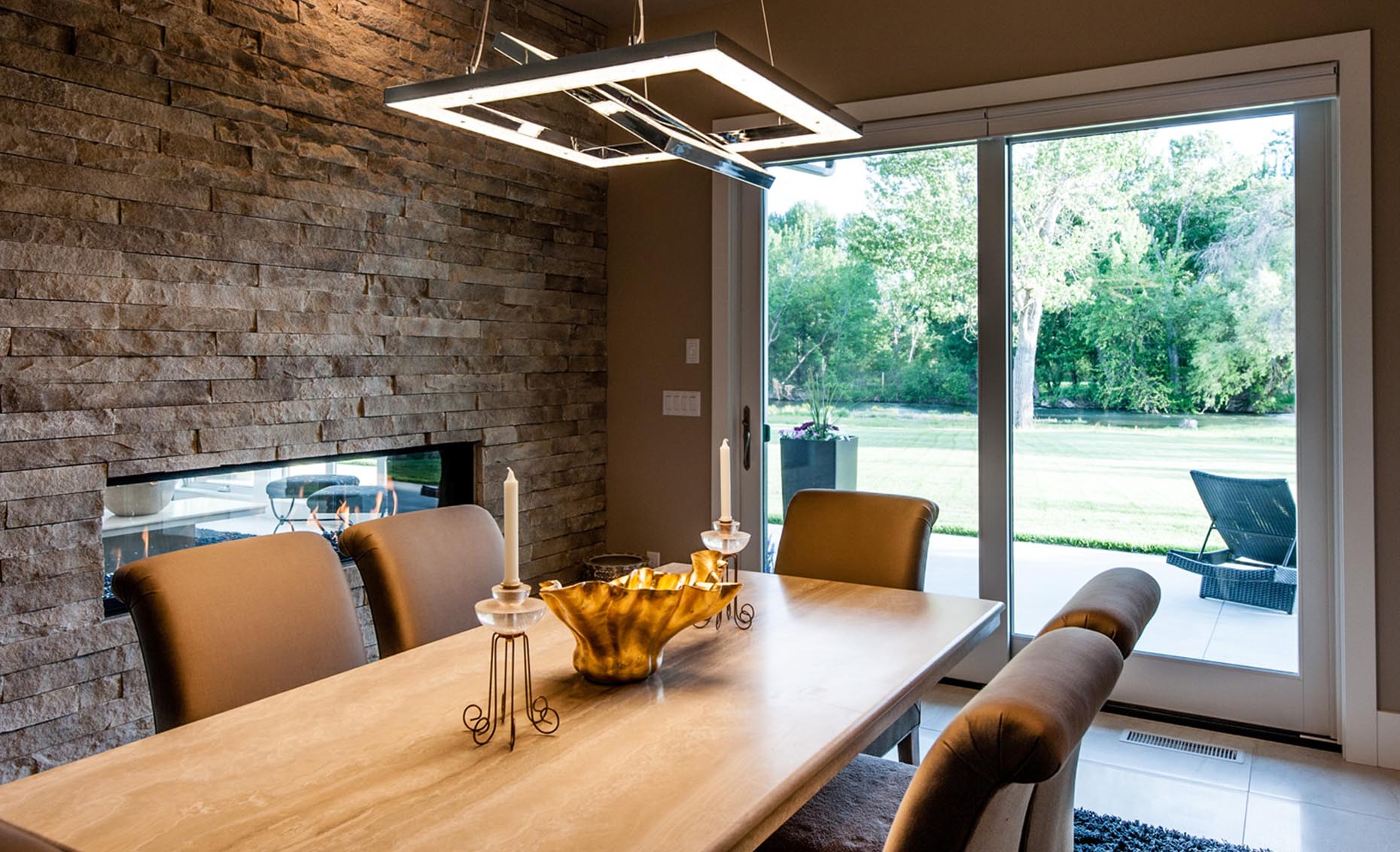 The Rivermont Eagle House Dining Room with Modern Light Fixture