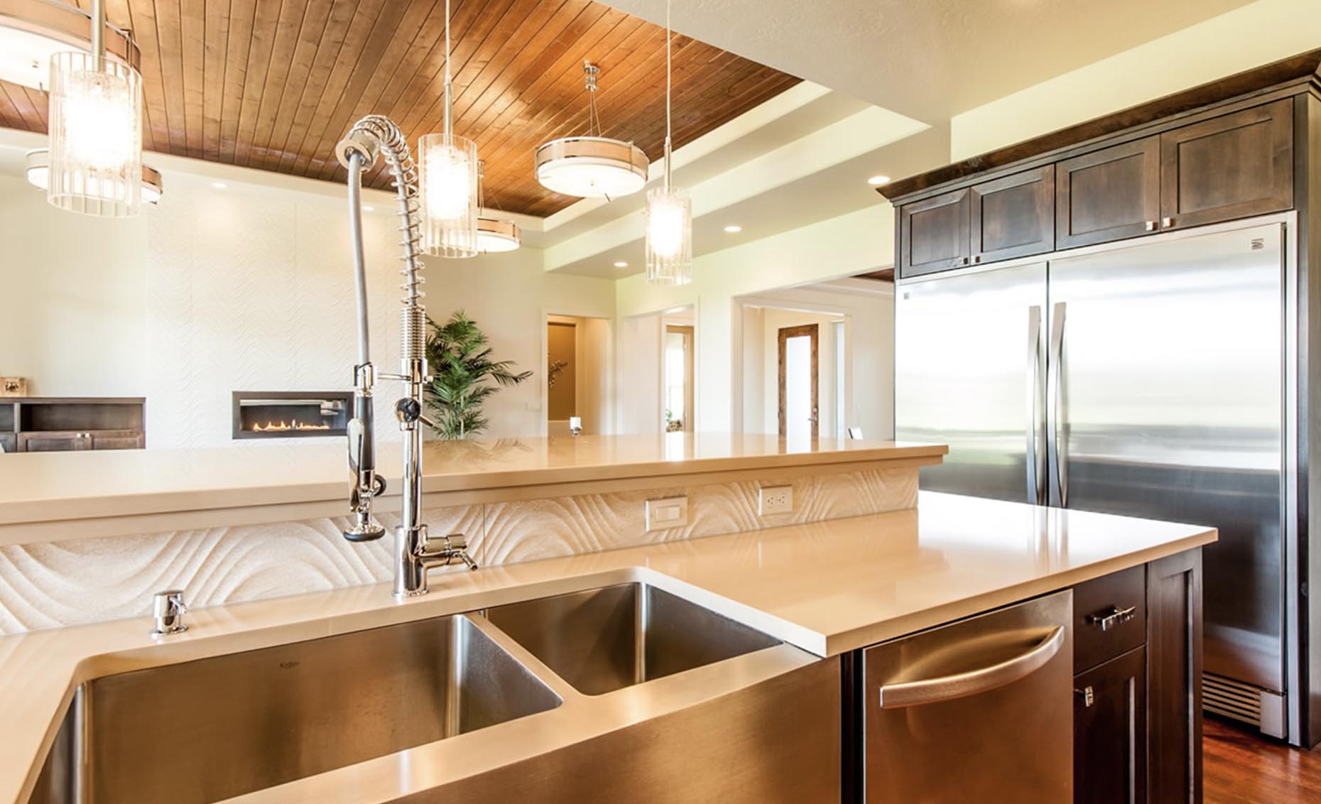 The Contemporary House Kitchen Island